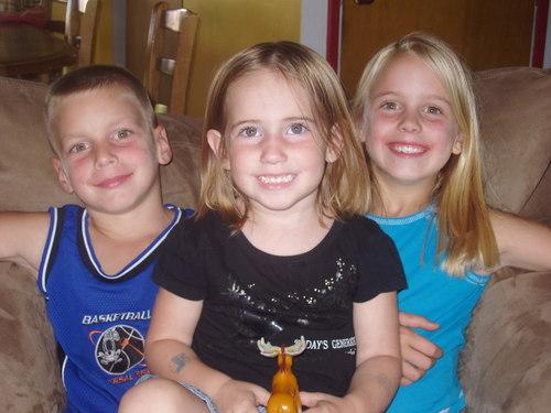 Ryan, Tessa, Ashley