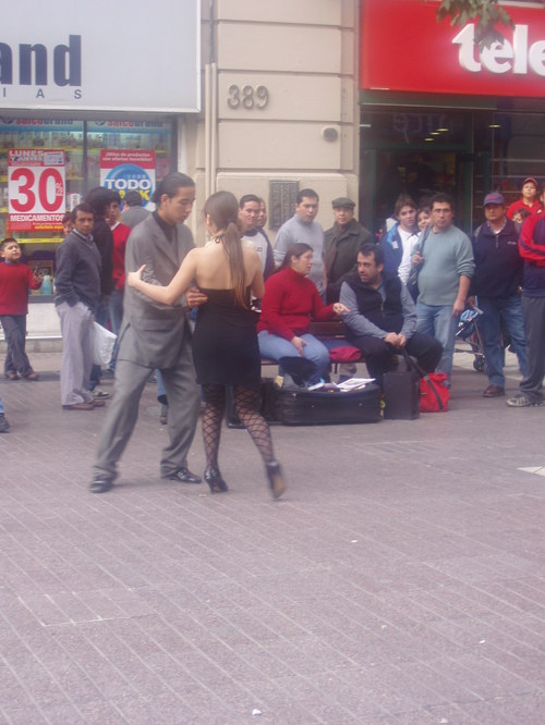 Tango in the streets part 2